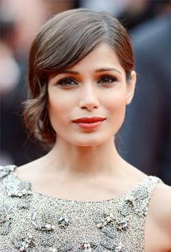 wedding hair frieda pinto